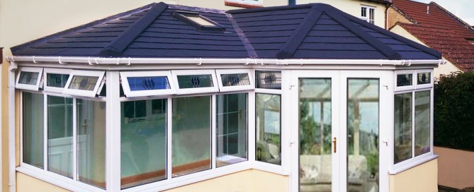 replacing-insulated-conservatory-roof-panels